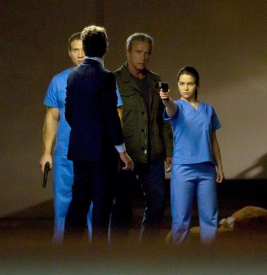 Terminator 5 - Emilia Clarke. Arnold Schwarzenegger . Jai Courtney - 11.jpg
