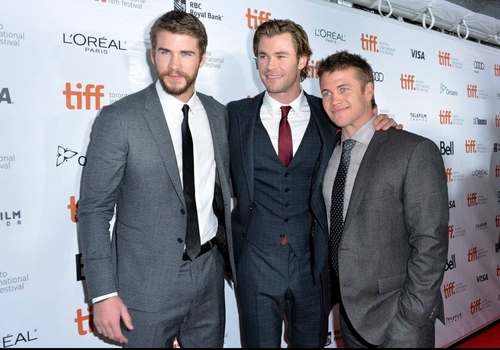 hemsworth_brothers_liam_luke_chris.jpg