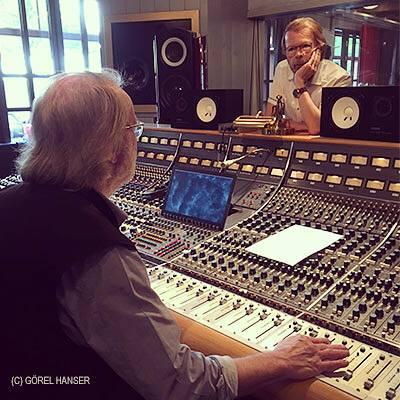 ABBAFrida, Agnetha, Björn иBenny вRMV студии Стокгольма, записывают две новых песни для нового альбома