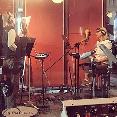 ABBA Frida, Agnetha, Björn иBenny вRMV студии Стокгольма, записывают две новых песни для нового альбома
