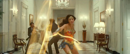Wonder_Woman_1984_movie.jpg